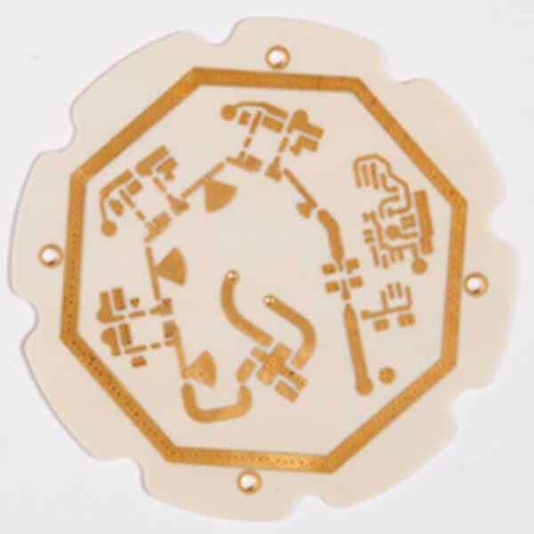 High-frequency Rogers 3010 laminate material with gold immersion surface finish