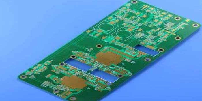 Widely-Used Rogers 5880 PCB