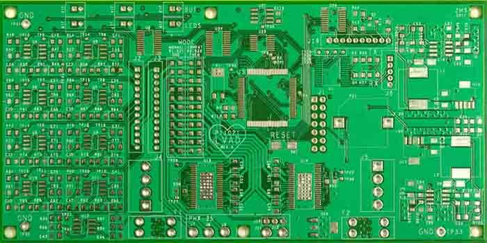 Traces On A 4 Layer PCB