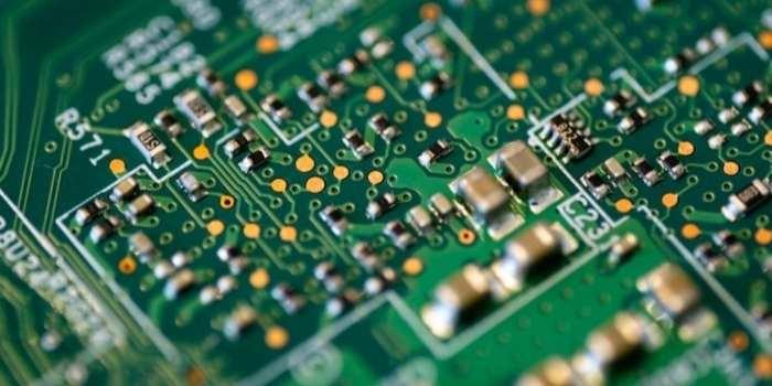 Single-Layer Circuit Breaker PCB